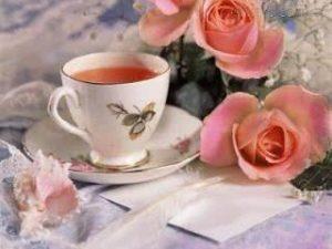 Chá de pétalas de rosa