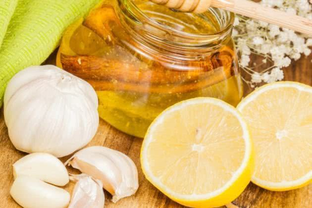 Chá de limão com alho - Benefícios e propriedades