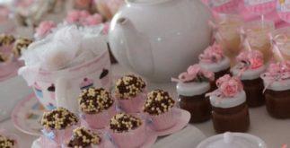 Aprenda a fazer uma festa temática com chá para crianças