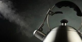 Usando corretamente a chaleira para preparar um delicioso chá