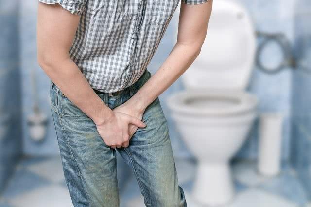 Infecção urinária: muito chá pode causar o problema