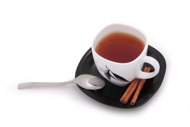 Chá de canela aborta? Veja como esse chá atua no corpo