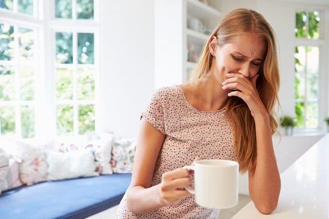 Confira 8 receitas de chás para acabar com o enjoo