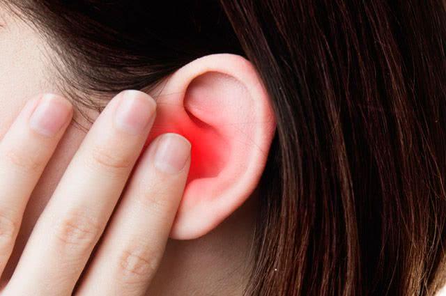 3 receitas de chás para tratar dor de ouvido. Conheça