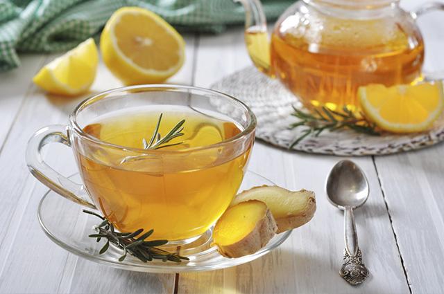 Entre os benefícios do chá à base de gengibre, destaque para a asma e a bronquite