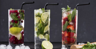 Drinks que mais parecem chás gelados servidos em barzinhos e baladas