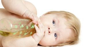 Bebês podem tomar chás a partir de que idade? E quais as ervas?