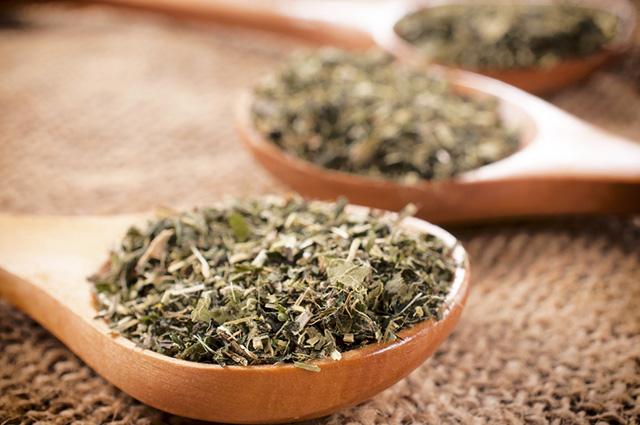 O chá de orégano pode ser utilizado para diversos fins medicinais