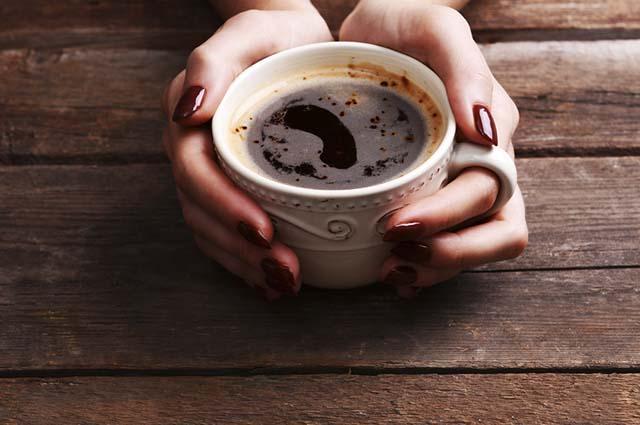 A cafeína deixa o corpo em estado de alerta