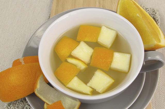 Por ser rica em pectina, a laranja dificulta a absorção de gordura