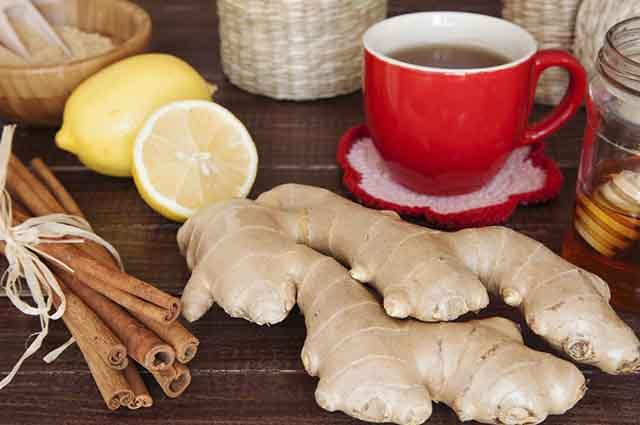 O chá de canela com gengibre emagrece e combate gripes, resfriados e dores de garganta