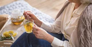 Receitas de chás para mulheres de 40 a 50 anos
