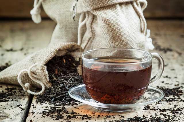 O chá preto é tido como o chá que mais contém cafeína