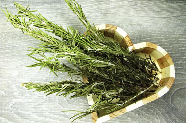 O chá de alecrim também pode ser usado para acalmar os nervos