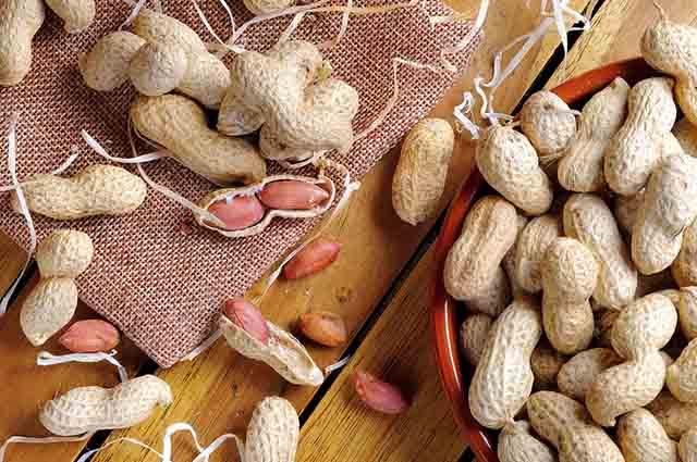 Por ser rico em fibras, o amendoim aumenta a sensação de saciedade