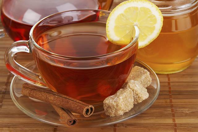 O chá de limão com canela é um poderoso termogênico