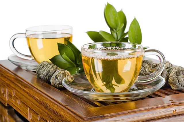 O consumo máximo do chá verde não deve ultrapassar as seis xícaras