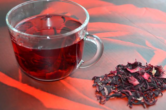 O poder de emagrecimento é a qualidade mais conhecida do chá de hibisco