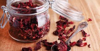 Quais os efeitos colaterais do chá de hibisco?