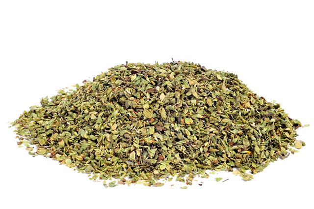 O chá de orégano é indicado para tratar a rouquidão