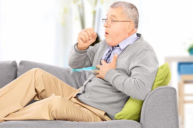 Os chás para rouquidão e tosse conseguem abrandar os sintomas em poucos dias