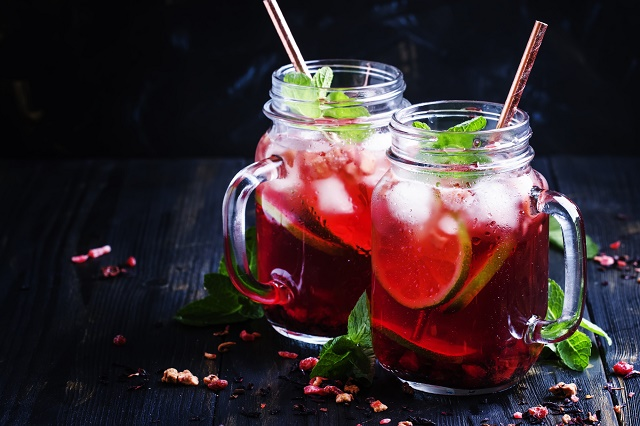 Chá gelado de hibisco