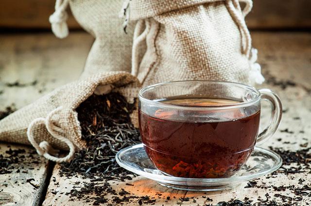 Taza con té fresco
