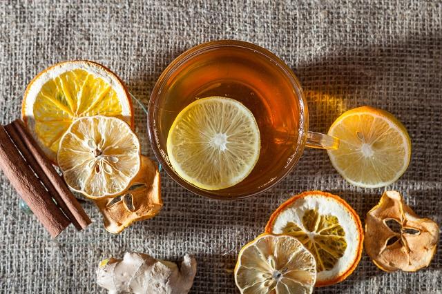 Chá de limão com canela