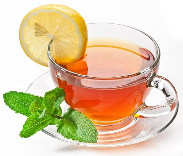 Chá de limão com hortelã