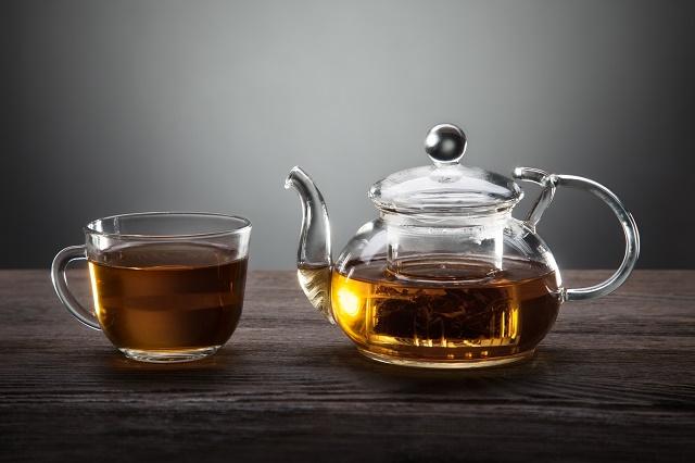Chá de carqueja no bule